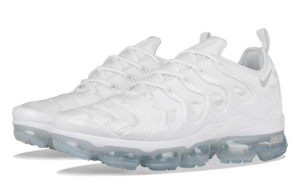Nike Air VaporMax Plus White белые (35-44)