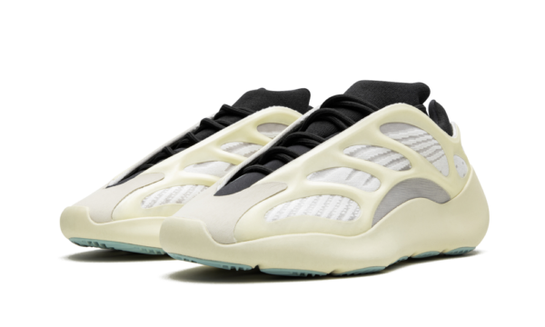 Adidas Yeezy Boost 700 V3 белые с черным светящиеся мужские (40-44)
