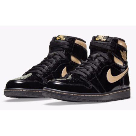 Nike Air Jordan 1 Retro High Black Metallic Gold черно-золотые кожаные мужские-женские (35-44)